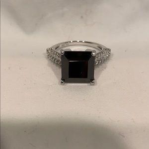 Silver/ onyx ring
